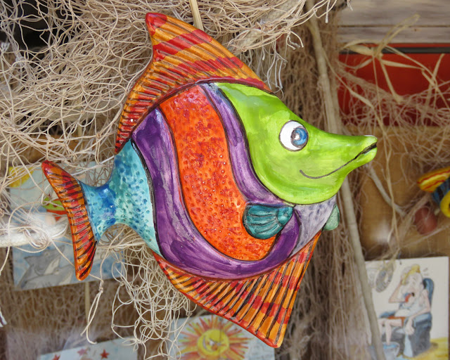 Another colorful fish in a window shop, Via San Gaetano, Livorno