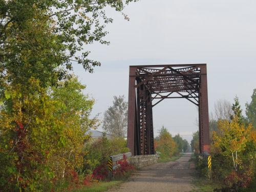 railroad truss bridge