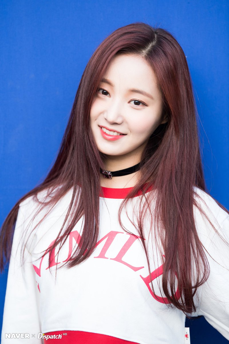 Momoland S Yeonwoo Looks Absolutely Gorgeous In Short Hair