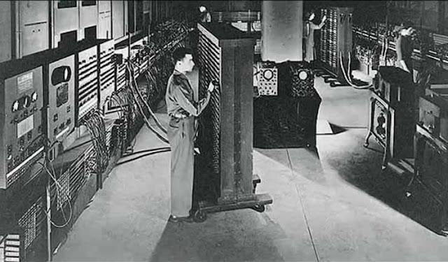 komputer pertama - jaditahu.com