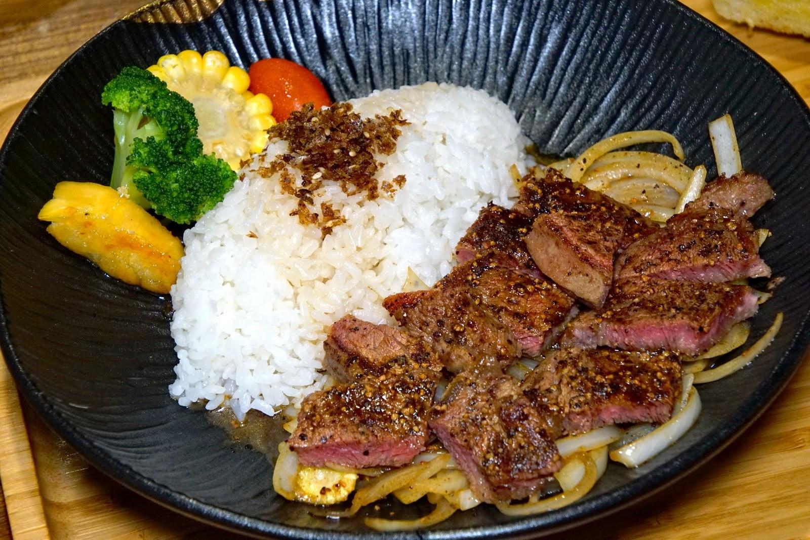 [台南][安南區] 福聚新輕食|老派風格的複合式餐廳|食記