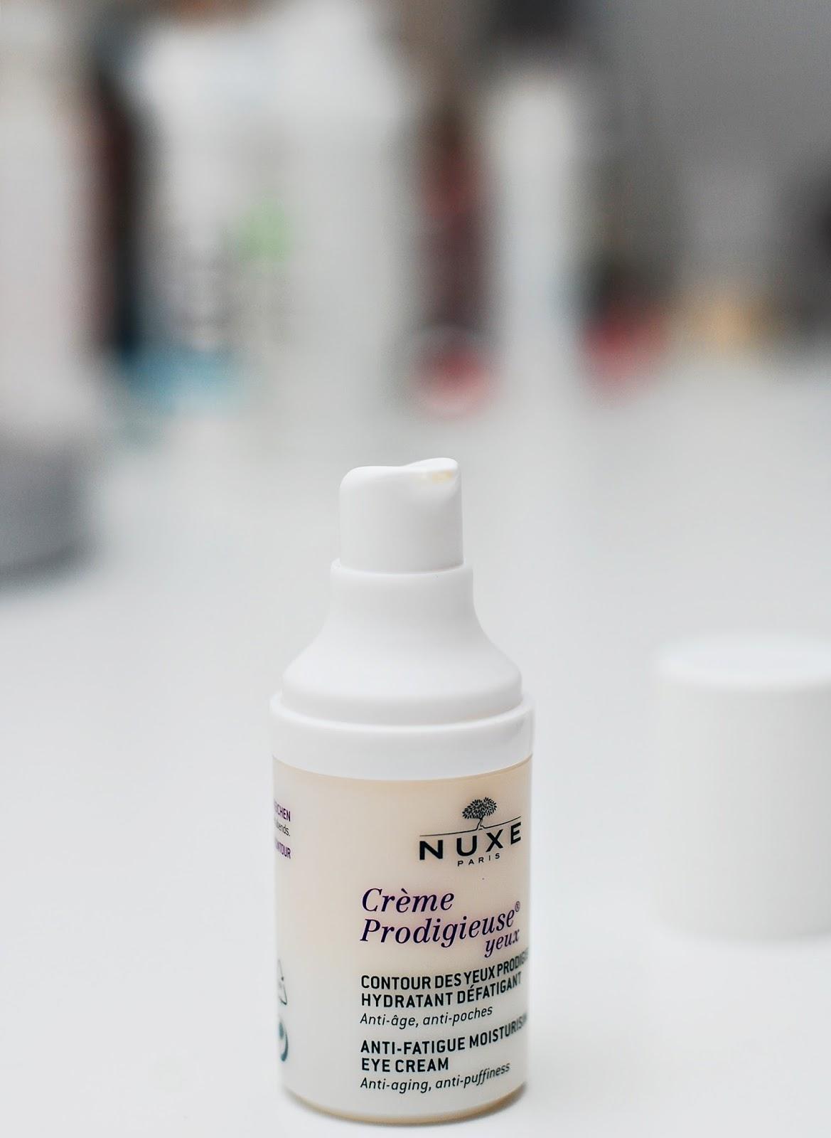 Preparat przeciwzmarszczkowy, nawilżający i regenerujący pod oczy Contour de Yeux Prodigieux® Nuxe