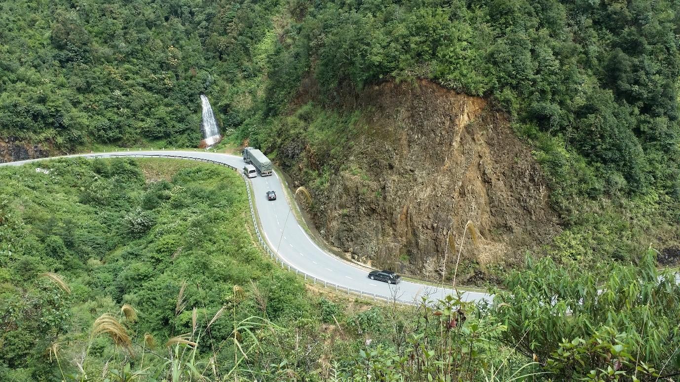 Đèo Ô Quý Hồ - con đường nối hai tỉnh Lào Cai và Lai Châu