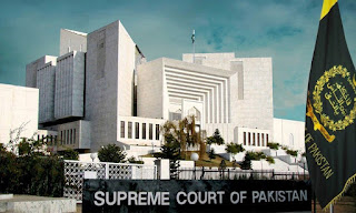 Supreme Court orders removal of gate at De Chowk