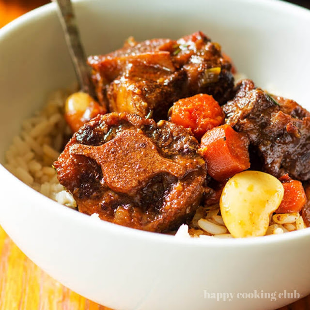Slow Cooker Oxtail and Butter Beans