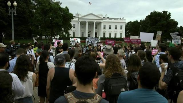 Estadounidenses rechazan el decreto de Donald Trump