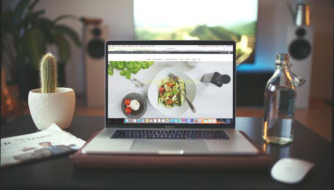 Mac OS based laptop