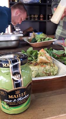 Mustard Lovers kochen mit Maille Senf im Foodtruck