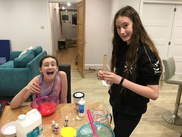 stephstwogirls making slime