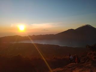 Inilah 10 Tempat Melihat Sunrise Terbaik Di Bali Selain Pantai