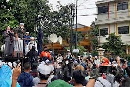 Simpatisan Rizieq Shihab di Kota Bogor Tuntut Bima Arya Dilengserkan