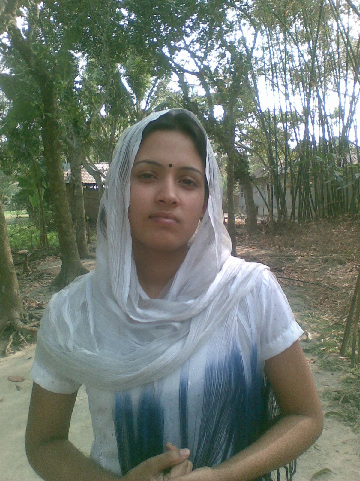 Bangladeshi babes