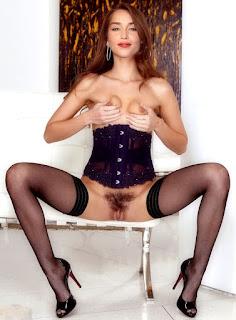 Sarah Clarke Desnuda 62