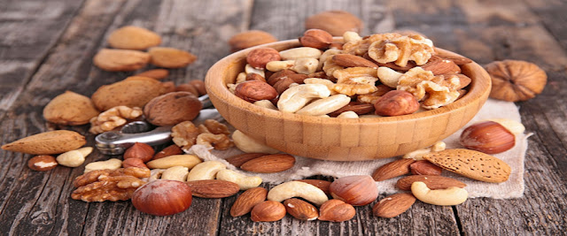 Nuts-or-Dried-Fruits