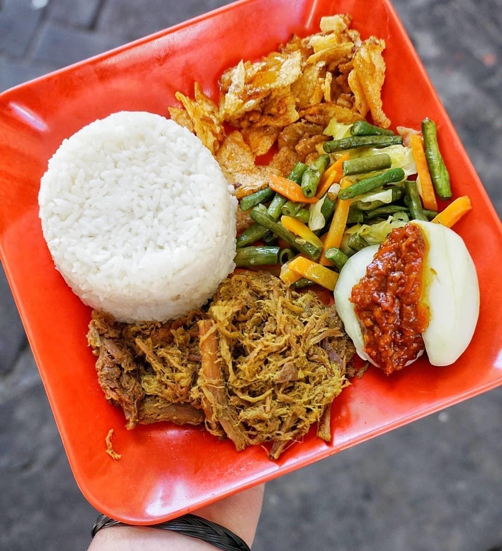 Wisata Kuliner Nasi Empal Pengampon Surabaya