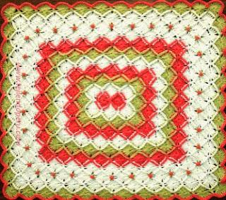 http://www.tejiendoperu.com/crochet/manta-en-bavarian-crochet-con-rosas-rococo/
