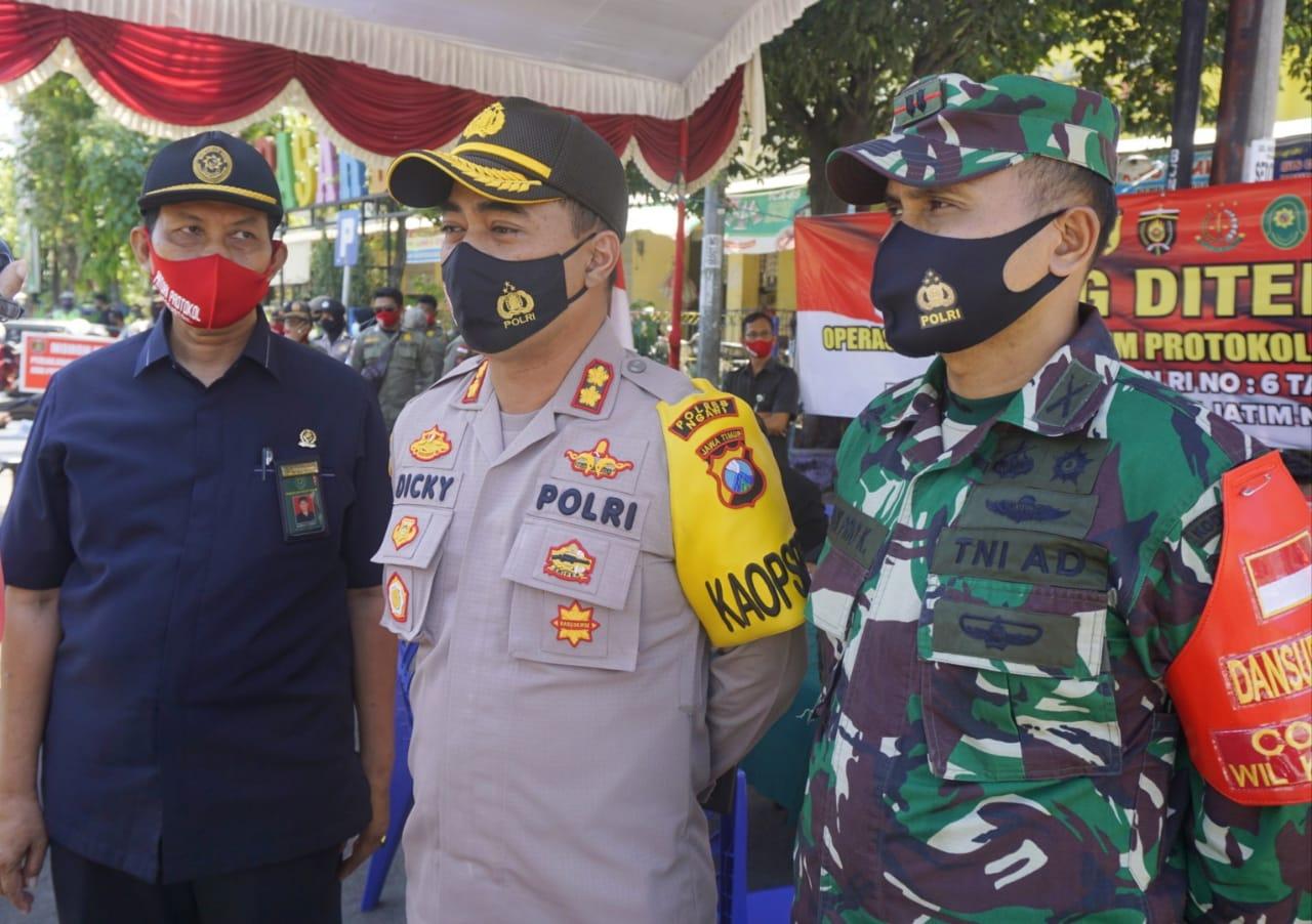 Cegah Penyebaran Covid 19, Ini yang Di Lakukan Aparat Gabungan TNI-Polri Di Ngawi