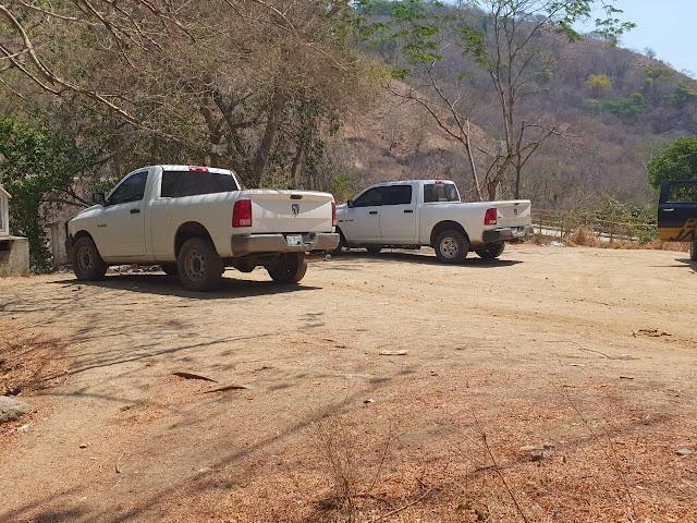 Levantan a 10 policías investigadores; Las camionetas de los agentes fueron localizadas abandonadas y con manchas de sangre.