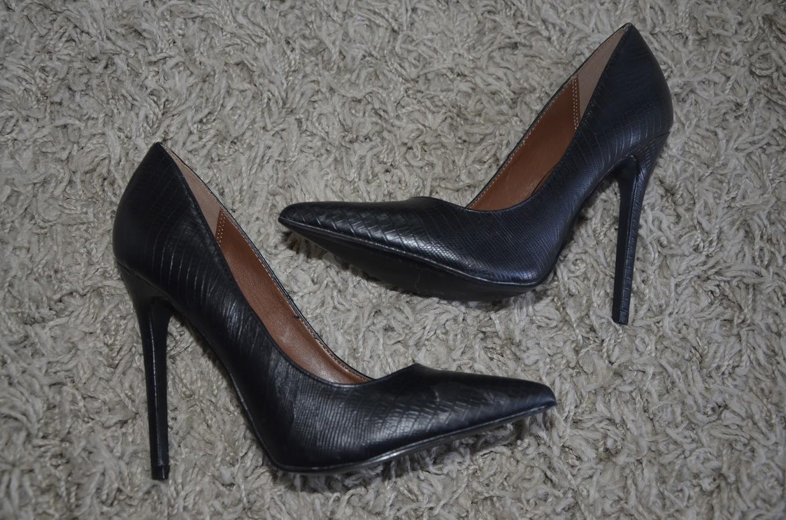 Sapatos lindos recebidos da Amiclubwear