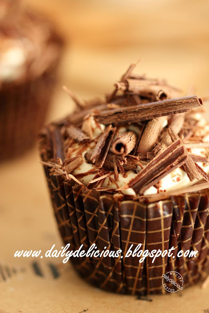Easy Chocolate Ricotta Cake Recipe