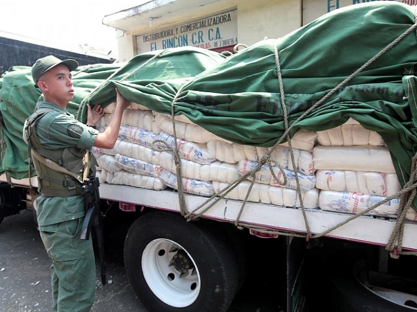 Policía Nacional soluciona caso de robo de una patana cargada de azúcar en Barahona