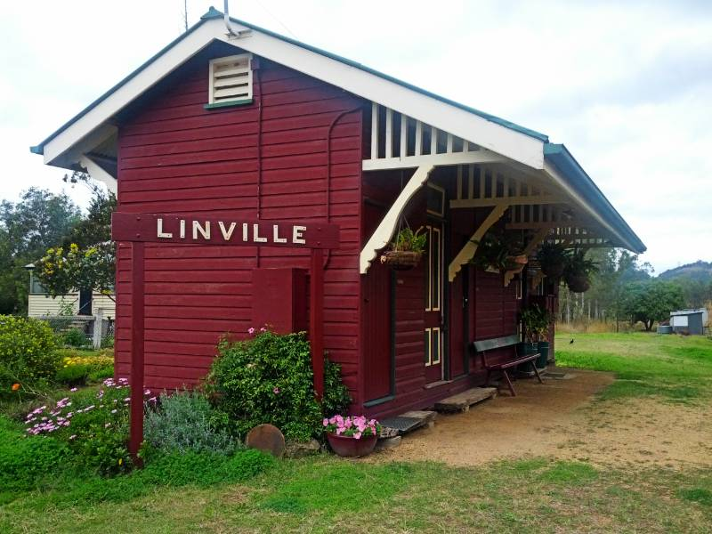 Linville Railway Station - 2012