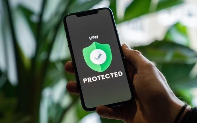 كيفية تأمين هاتفك الايفون قبل حضور الاحتجاج