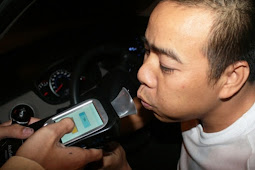 飲酒運転で車没収 ベトナム