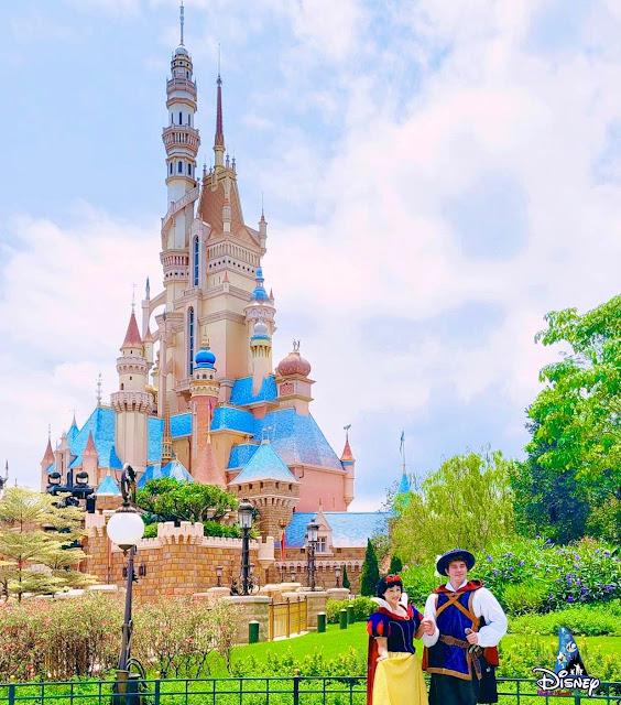 於「奇妙夢想城堡」外巧遇白雪公主與白馬王子, Castle-of-Magical-Dreams-Snow-White-and-The-Prince