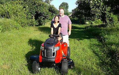 Troy Bilt wide cut Garden Tractor Mower Thailand Delivery