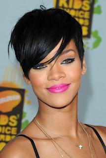 Beberapa Fakta dan Info Tentang Rihanna