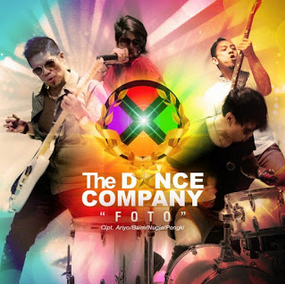 Lirik Lagu Foto - The Dance Company