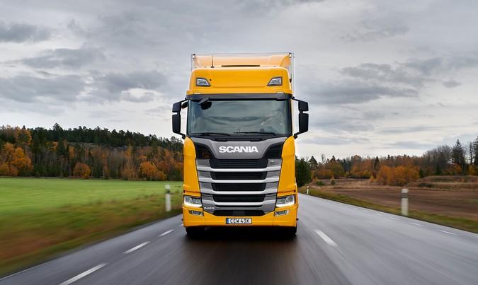 Scania 540 S supera concorrentes em dois importantes testes comparativos