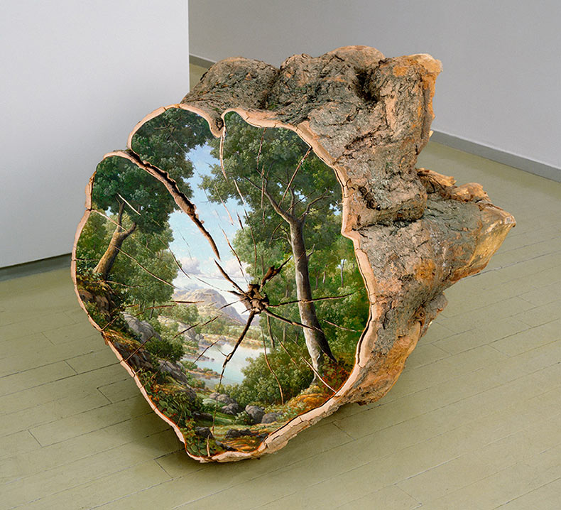 Paisajes pintados en la superficie de troncos cortados por Alison Moritsugu
