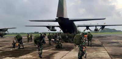 Asops Panglima TNI Berangkatkan 450 Prajurit Yonif Para Raider 501/BY ke Papua