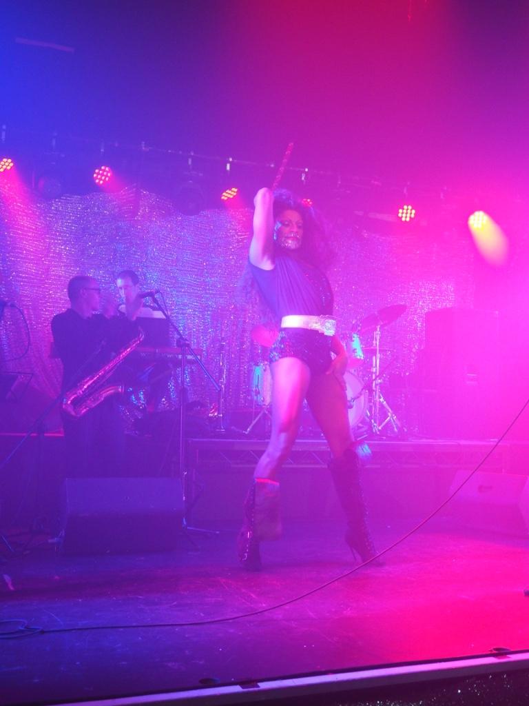 cabaret drag show london