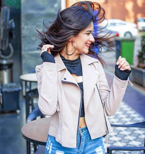 Avneet Kaur Images 24