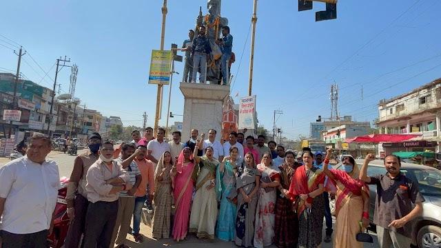 भाजपा ने क्रांतिकारी शहीद चंद्रशेखर की पुण्यतिथी पर किया नमन | Bhajpa ne krantikari shahid chandrashekhar ki punyatithi pr kiya naman