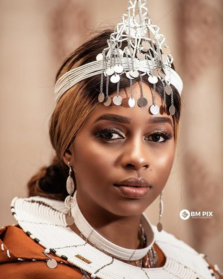 Nandy Ft  Bukoba Artists - Jasiri Muongoza Njia