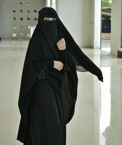 Gambar Kartun Muslimah Niqab
