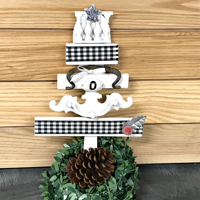 DIY Black and White Scrap Wood Christmas Tree. Homeroad.net