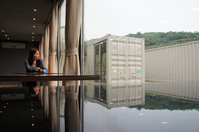 Boutique Hotel Built from Shipping Containers, China 1