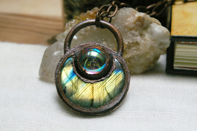https://www.etsy.com/ca/listing/715130271/witchy-boho-pendant-labradorite-crescent