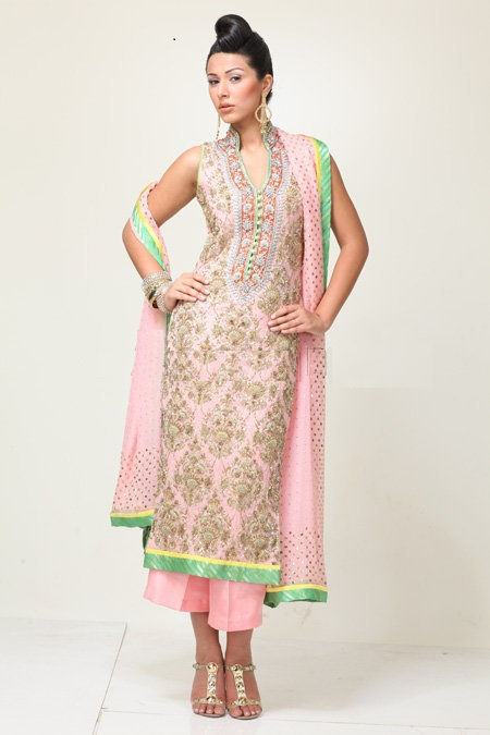 9 Traditional Silk Salwar Suits Designs For Girls Styles