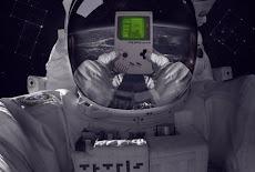 أول لعبة يتم لعبها في الفضاء !!