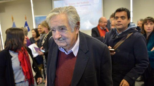Mujica: Hay que elegir a los que defienden políticas sociales