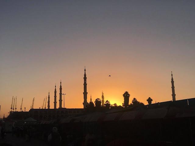 Siluet Masjid Nabawi