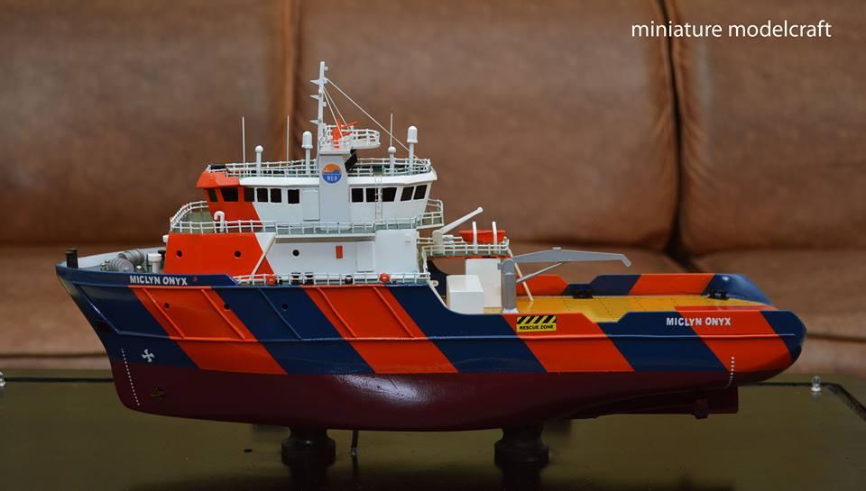 foto gambar miniatur kapal ahts miclyn onyx terbaru