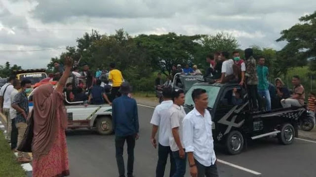 Tolak Neno Warisman ke Lombok, Pendemo Malah Diusir Warga