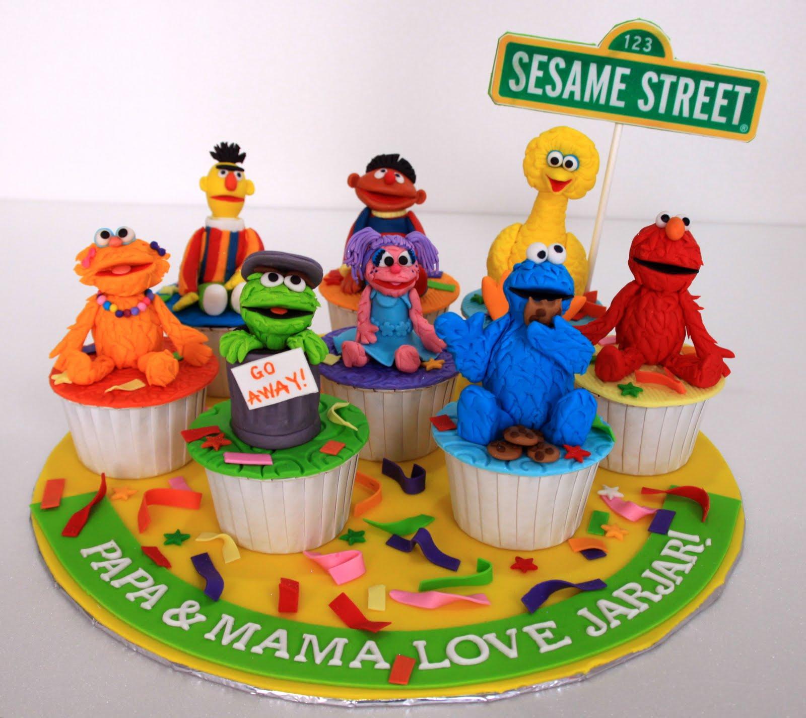 Celebrate With Cake Sesame Street Cupcakes